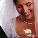 ファーストバイト 花嫁