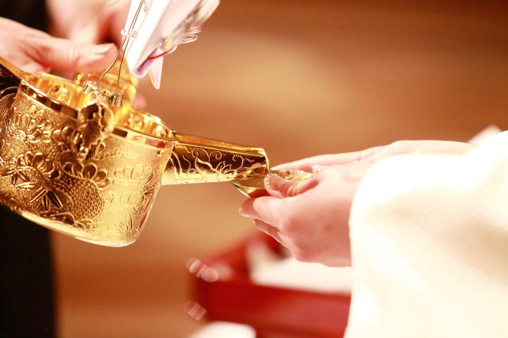 結婚式 披露宴 和婚 白無垢 杯 格差婚 収入差